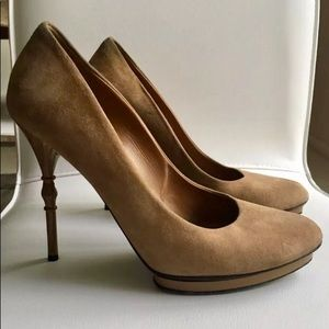 Gucci suede heels
